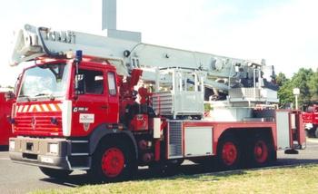 <h2>Camion bras élévateur articulé - Bordeaux - Gironde (33)</h2>