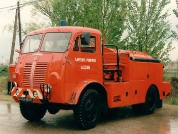 Camion-citerne pour feux de forêts, Sapeurs-pompiers, Drôme (26)
