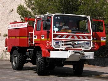 Camion-citerne pour feux de forêts, Sapeurs-pompiers, Bouches-du-Rhône (13)