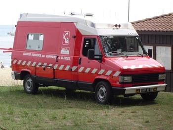 <h2>Véhicule de secours et d'assistance aux victimes - La Teste - Gironde (33)</h2>