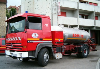 <h2>Camion-citerne de grande capacité - Villefranche-de-Rouergue - Aveyron (12)</h2>