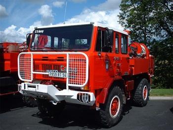 <h2>Camion-citerne pour feux de forêts - Auray - Morbihan (56)</h2>