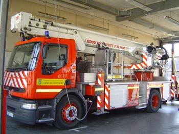 Camion bras élévateur articulé, Sapeurs-pompiers, Bas-Rhin (67)