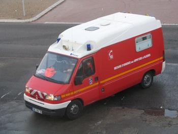 <h2>Véhicule de secours et d'assistance aux victimes - Rambouillet - Yvelines (78)</h2>