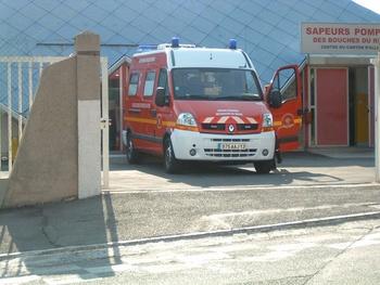 <h2>Véhicule de secours et d'assistance aux victimes - Allauch - Bouches-du-Rhône (13)</h2>