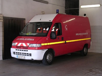 Ambulance de réanimation, Sapeurs-pompiers, Gard (30)