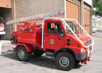 <h2>Camion-citerne pour feux de forêts léger - Saint-Enimie - Lozère (48)</h2>