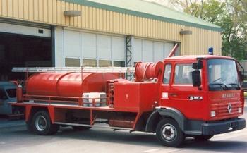<h2>Camion-citerne d'incendie - Lardy - Essonne (91)</h2>