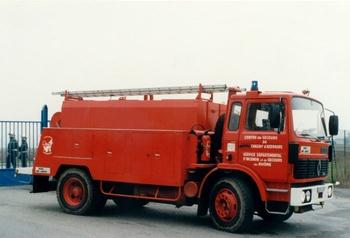 <h2>Camion-citerne d'incendie - Chazay-d'Azergues - Rhône (69)</h2>