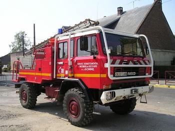 <h2>Camion-citerne pour feux de forêts - Rosière-en-Santerre - Somme (80)</h2>