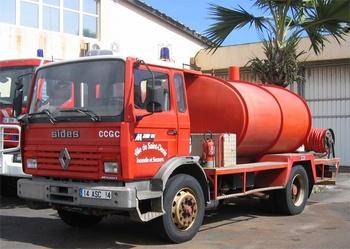 <h2>Camion-citerne de grande capacité - Saint-Denis - La-Réunion (974)</h2>