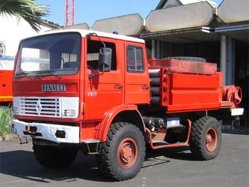 <h2>Camion-citerne pour feux de forêts - Saint-Denis - La-Réunion (974)</h2>