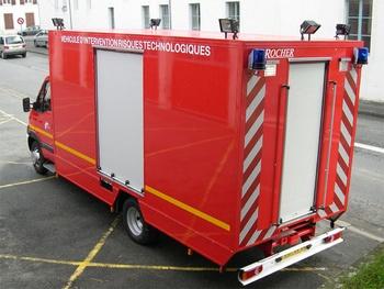 Véhicule pour interventions à risques technologiques, Sapeurs-pompiers, Pyrénées-Atlantiques (64)
