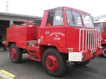 <h2>Camion-citerne pour feux de forêts - Laplume - Lot-et-Garonne (47)</h2>