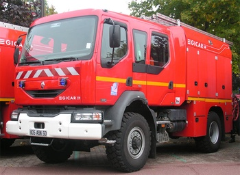 <h2>Camion-citerne d'incendie - Oise (60)</h2>