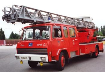 Echelle pivotante, Sapeurs-pompiers, Seine-et-Marne (77)