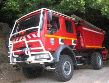 <h2>Camion-citerne pour feux de forêts - Sari-Solenzara - Corse-du-Sud (2A)</h2>