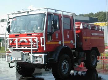 <h2>Camion-citerne pour feux de forêts - Arpajon - Essonne (91)</h2>
