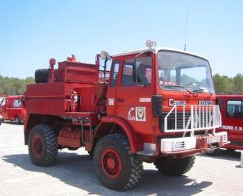 <h2>Camion-citerne pour feux de forêts - Le Caylar - Hérault (34)</h2>