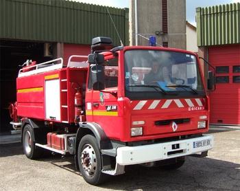 <h2>Camion-citerne d'incendie - Amplepuis - Rhône (69)</h2>