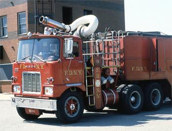<h2>Camion dévidoir - New York - États-Unis</h2>
