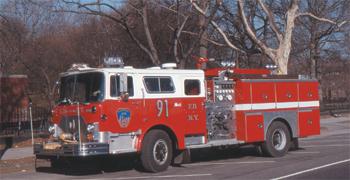 Fourgon-pompe Mack/Ward 79 de New York (FDNY)