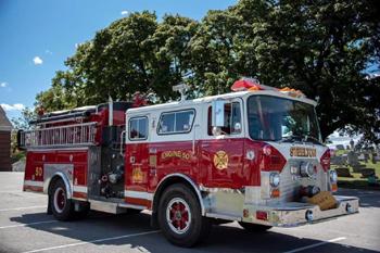 Fourgon-pompe des pompiers de Steelton en Pennsylvanie après avoir servi à New York